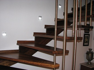 montaż schodów - realizacja Melagu